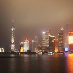 Туманный вечер в Шанхае...