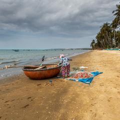 Рыбак(рыбачка) и море... Вьетнам!
