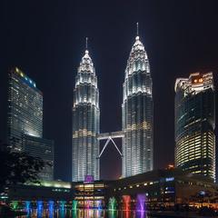 Башни Петронас.(башни близнецы). Малайзия. Куала-Лумпур!