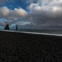 Пляж с черным песком...Путешествуя по Исландии!