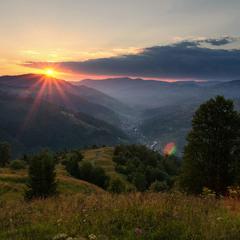 Захід сонця над селом Богдан