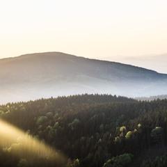 Захід сонця в горах
