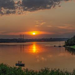 Ще один погляд на Дніпро вечірній