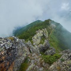 Подорожуючи серед хмар
