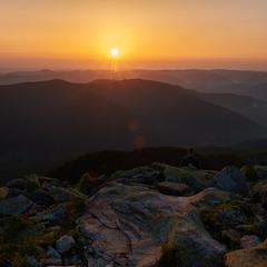 схід сонця з гори Хом'як