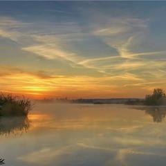 Світанок на озері, с.Єрки.