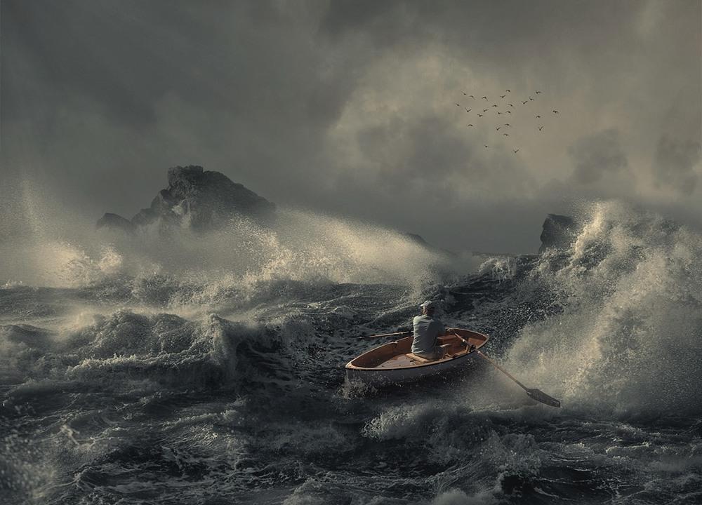лодка в шторм картинки членов хорошо видны