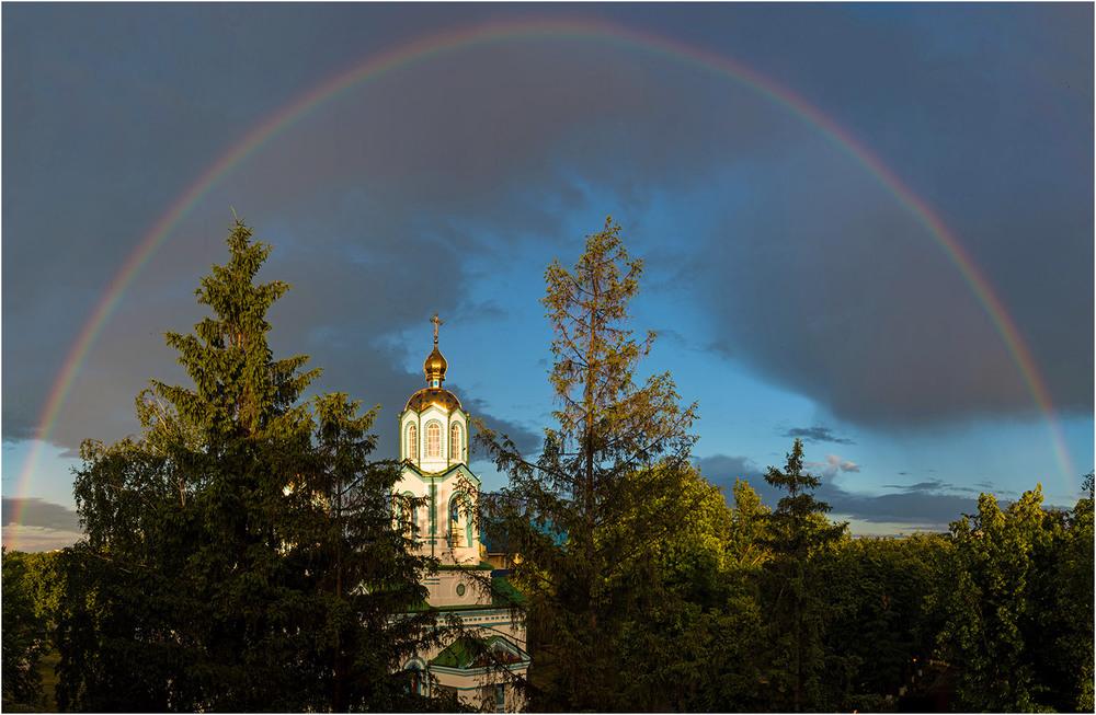 красивые картинки с церквями и радугой рассматривается вентилируемый фасад