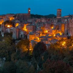 Старый город из старой сказки.