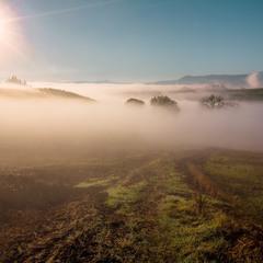 Исчезая в тумане.
