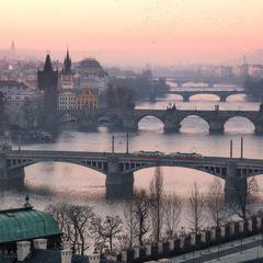 Вид на мосты через Влтаву.