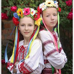 А мы просто украинки, украиночки...