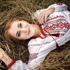 Украинские девушки самые красивые)