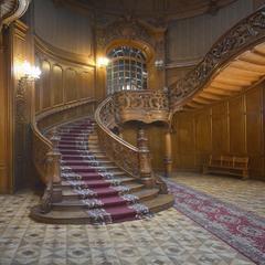 Красивая лестница в городе Львове