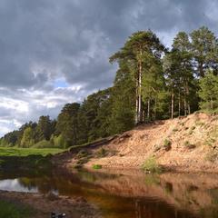 Обрыв на реке