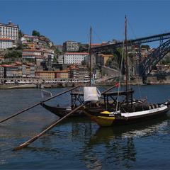 На р.Дуро, що в Порту, Португалія