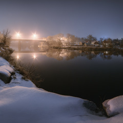 Зимняя река в молчании глубоком