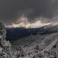 Непогода в горах, непогода...