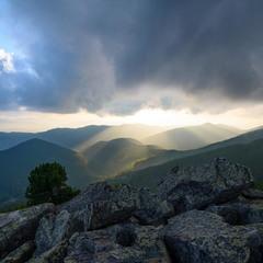 Захід сонця на вершині