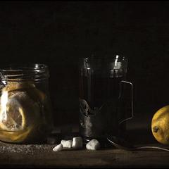 Чай с лимоном и сахаром