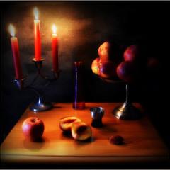 С красными свечами...