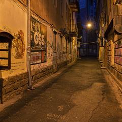 Нічна вулиця Нижанківського