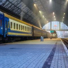 Залізничний вокзал у Львові
