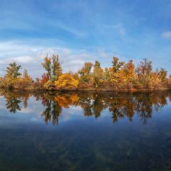 Остров Растёбин по легенде названном в честь казацкого рыбака Розстёбы