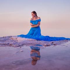 У моря и неба — одно зеркало на двоих.