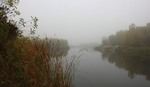 Дрімає річка. Всюди тиша....