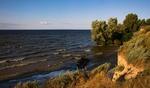 Де Дніпро наш котить хвилі.