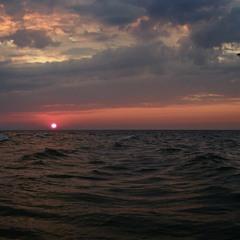 Рассвет над Черным морем