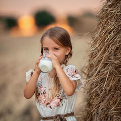 Пейте дети молоко...