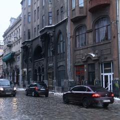 ...якось у Львові_...