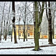 ...весенний снег...