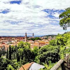 Верона - місто палаючих сердець...