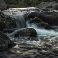 Звечоріло на річці