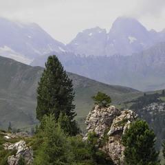 Чарівні гори та долини