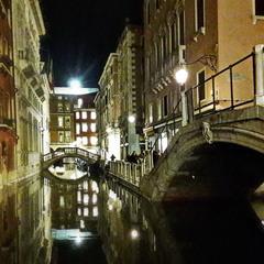 Венеціанський вечерній стріт