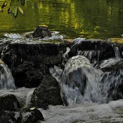 Бистрі води кольору Осені