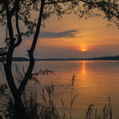 Закат на Кременчугском водохранилище