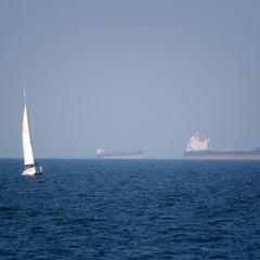 Білий день на Чорному морі ...