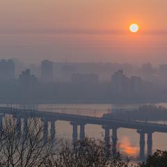 Ранок над Дніпром