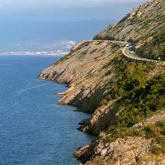 Дорога над морем