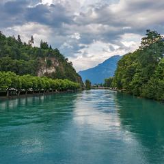 Бирюзовые воды реки Ааре