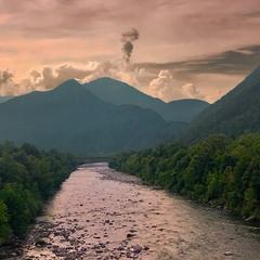 В долине реки Маджия
