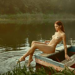 На речке, на речке, на том бережочке...