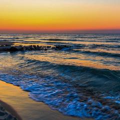 В ранковій тиші моря