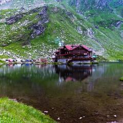 """Горное озеро """"Быля"""",на перевале , свыше 2000м"""