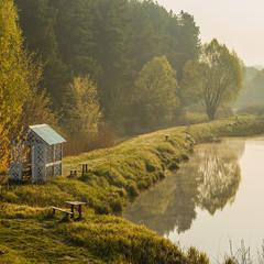 Ранком на озері.